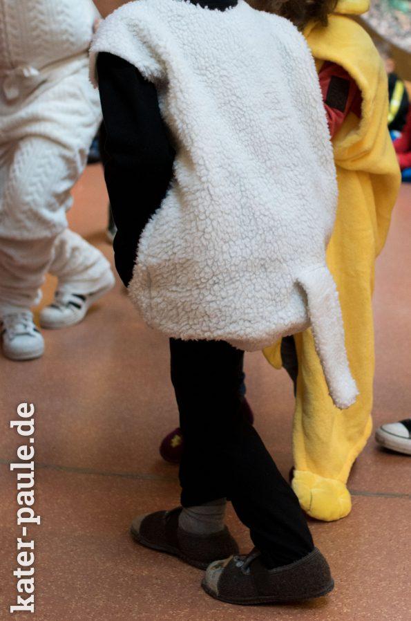 Shaun das Schaf Kostüm für den Kinderfasching - Super schnell genäht!